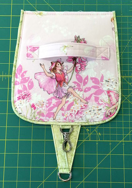 Hang About Toiletry Bag Sew Along - pattern by Andrie Designs (www.andriedesigns.com)