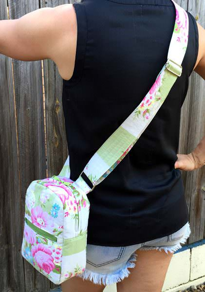 Cross body version of the Little Freehand Pack - Andrie Designs