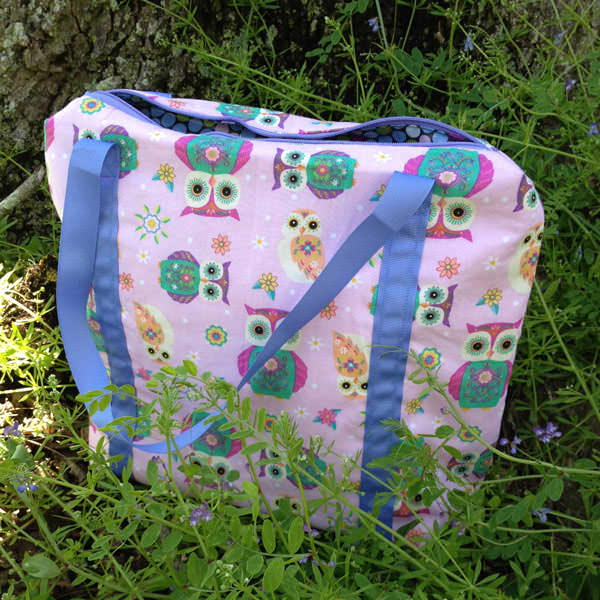 Pretty pink and purple owls Insulated Lunch Bag - Andrie Designs