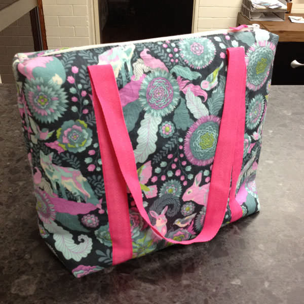 Gorgeous Tula Pink-themed Insulated Lunch Bag - Andrie Designs