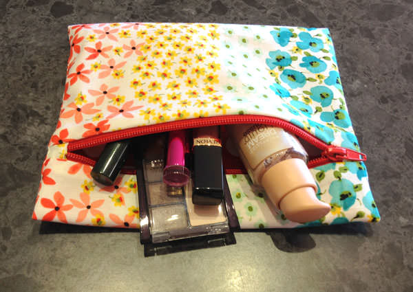 Makes for a great make up bag! Reusable Snack Bag - Andrie Designs