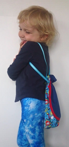 Check out this super cute model! Super Drawstring Pouch - Andrie Designs