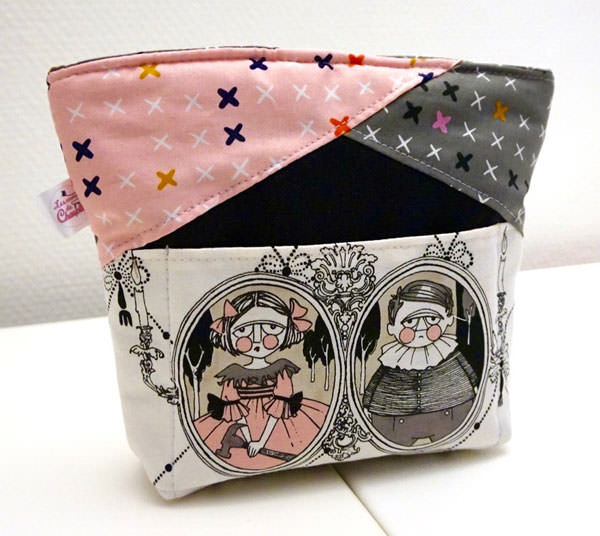 Love this Ghastlies-themed Stand Up Clutch - Andrie Designs