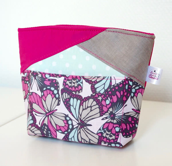 Pretty pink butterflies! Stand Up Clutch - Andrie Designs