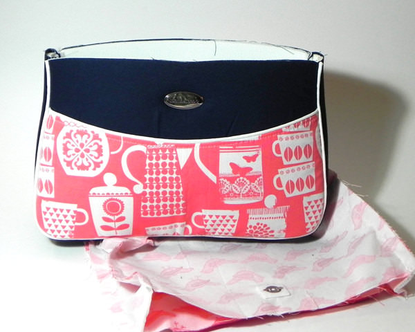 Assembled outer and lining - Carry All Flexi Clutch - Adding a Shoulder Strap: Option #1 - Andrie Designs
