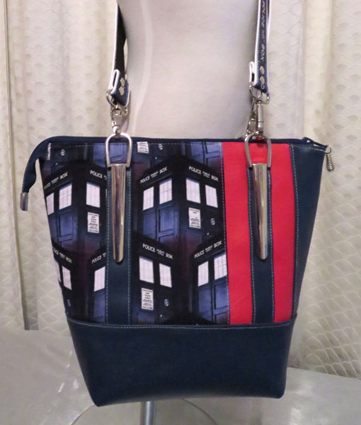 Front view of the Dr Who-themed Classic Carryall Handbag & Tote - Andrie Designs