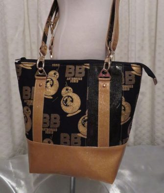 Love this one! Classic Carryall Handbag & Tote - Andrie Designs