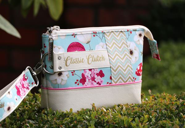 LOVE the fabric combination and detail on Classic Clutch! - Andrie Designs