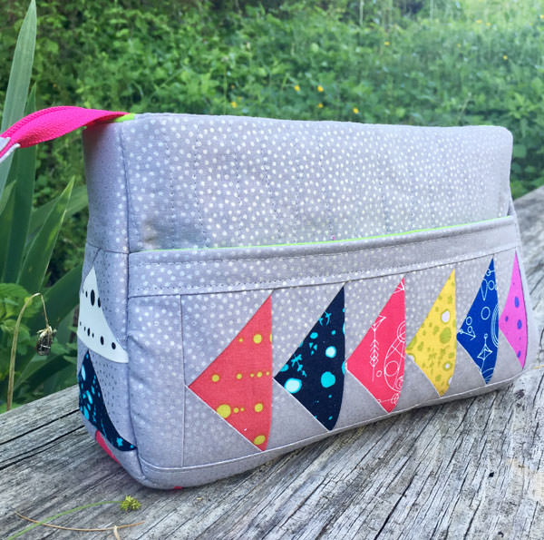 Quilt Me A Bag - Carry All Flexi Clutch - Andrie Designs