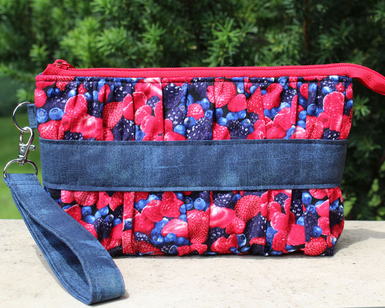 Berries all round! Yummy Gather Me Up Clutch - Andrie Designs