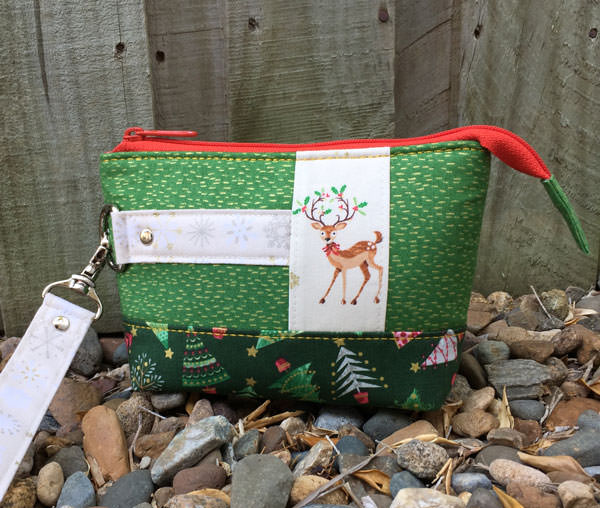 How cute does the green Classic Clutch look - Christmas in July - Andrie Designs