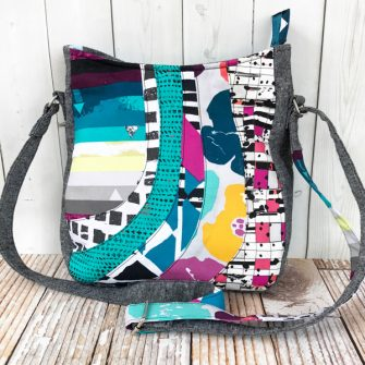Such a colourful Shades of Yesterday Tote Bag! - Andrie Designs