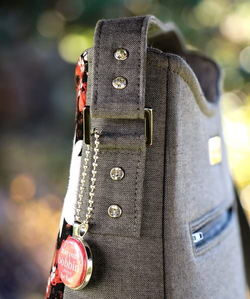 Rivets and rectangular rings finish off this Shades of Yesterday Tote Bag - Andrie Designs