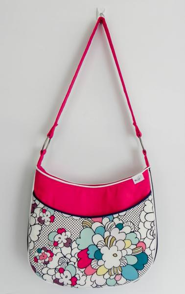 Roll With It Tote - 5 Quick and Easy Gifts to Sew! - Andrie Designs