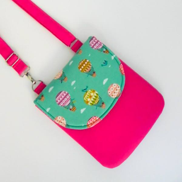 Polly Crossbody Bag - 5 Quick and Easy Gifts to Sew! - Andrie Designs
