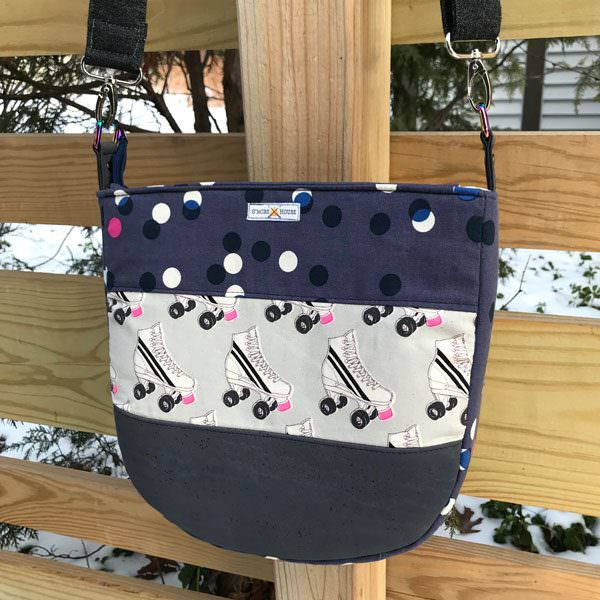 Front view of the roller skates Summertime Sling - Andrie Designs