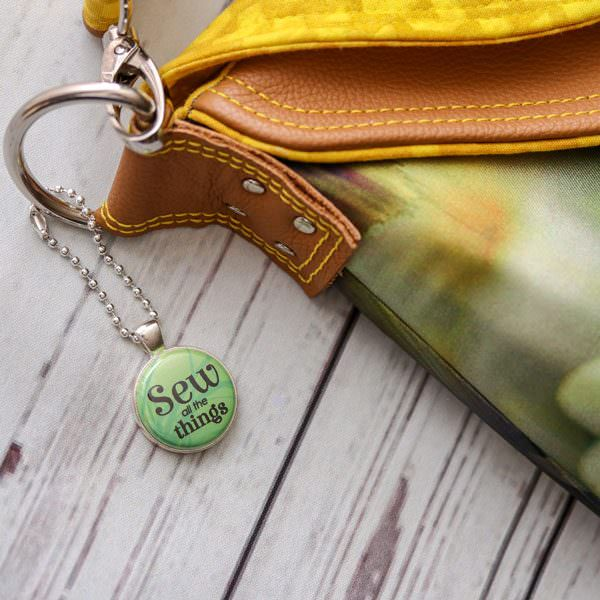 The lime is such a great colour to coordinate with tones such as yellow and tan! - Andrie Adornments