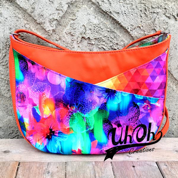 How fun and vibrant is this S & S Tote - Andrie Designs