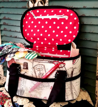 Insie the sewing caddy version of the Bree's Box Toiletry Caddy pattern - Andrie Designs
