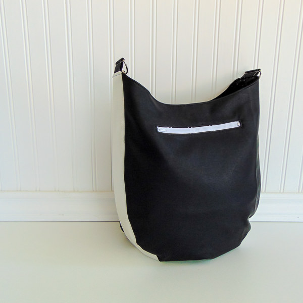 Back of bag- S and S Tote - Adjustable Strap - Andrie Designs