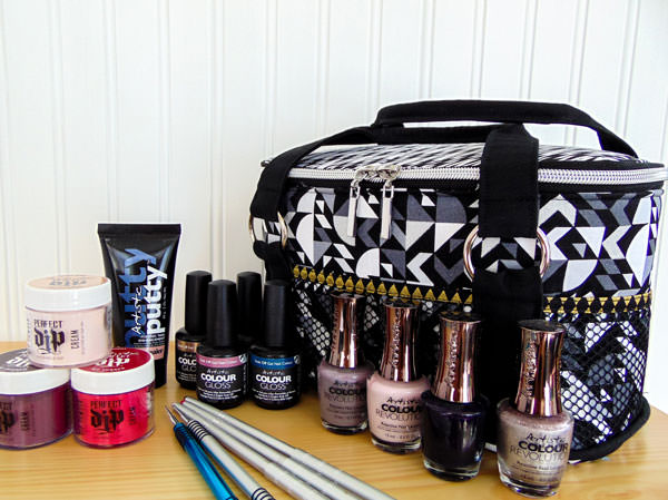 The black and gold Bree's Box Toiletry Caddy works perfectly as a nail polish caddy! - Andrie Designs