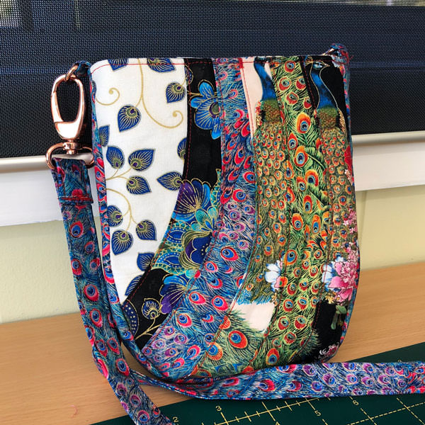 For all the peacock lovers out there - check out this Mini Shades Pouch - Andrie Designs