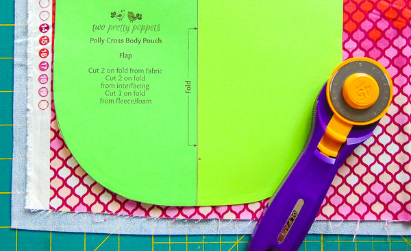 Cutting Tip - Layer fabric and interfacing - Andrie Designs