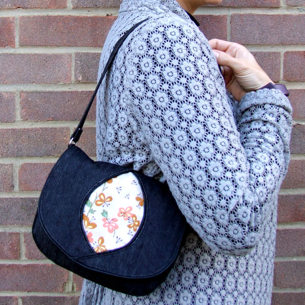Floral and denim for this Peekaboo Purse - Andrie Designs