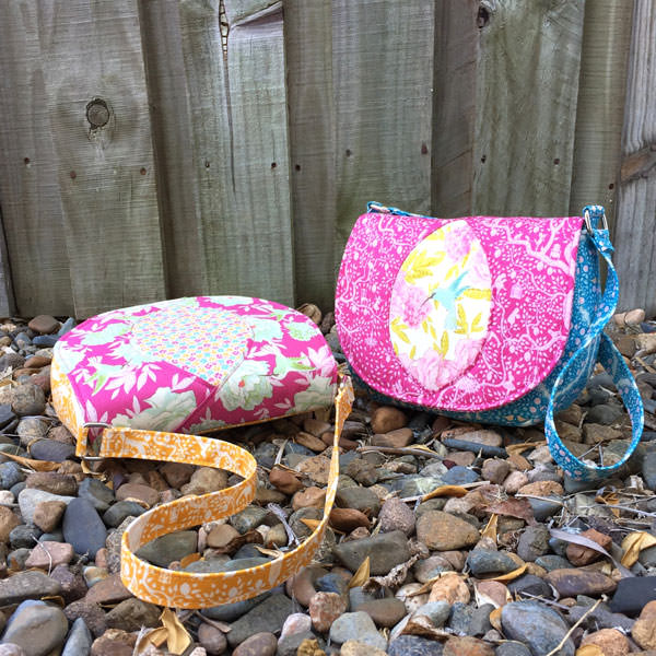Peekaboo Purse - Andrie Designs