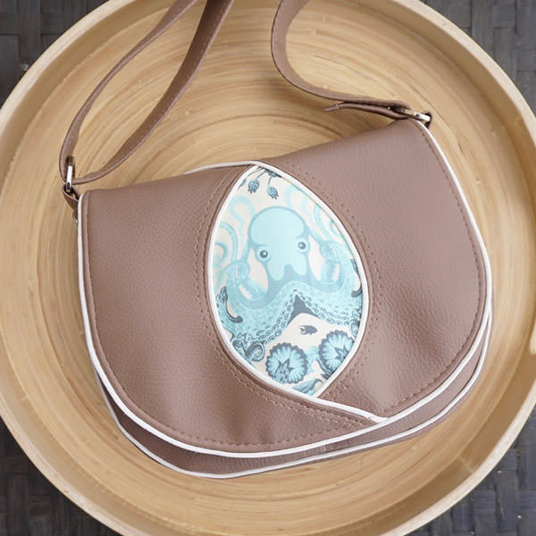It was a Tula Pink octopus for this Peekaboo Purse! - Andrie Designs