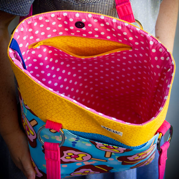 Inside the Bubble 'O Bill Classic Market Tote - Andrie Designs