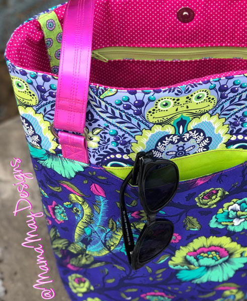 A little bit of Tula Pink and some hot pink vinyl for this Classic Market Tote - Andrie Designs