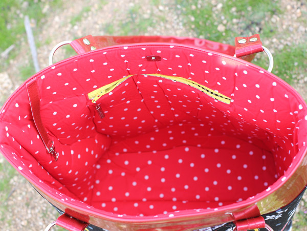 Inside the Minnie Mouse Classic Market Tote - Andrie Designs