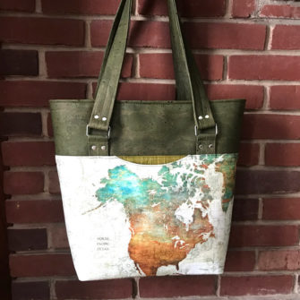 Shall we take a trip around the world? Loving this earth-tones Classic Market Tote! - Andrie Designs