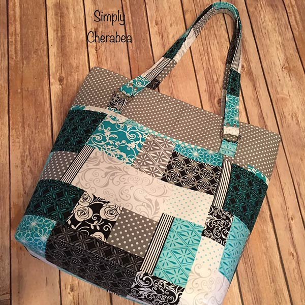 Love the patchwork effect on this Classic Market Tote - Andrie Designs