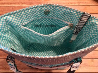 Inside the patchwork effect Classic Market Tote - Andrie Designs