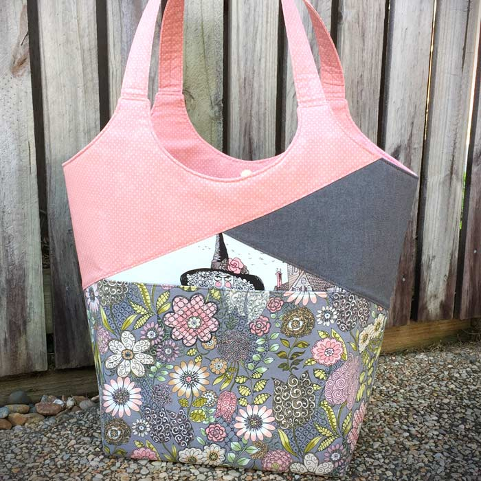Andrie Designs - Stand Up & Tote Notice