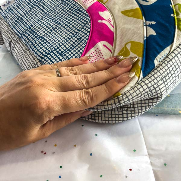 Squishing the gusset - Shipping Handmade Bags - Andrie Designs