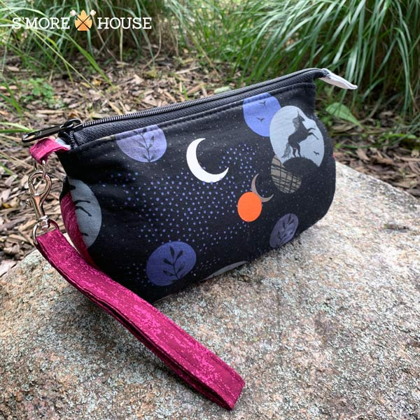 Into the Night V Pouch - Andrie Designs