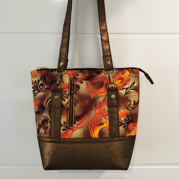 Bronwen's Classic Carry All 2 - Andrie Designs Customer Creations - September 2019