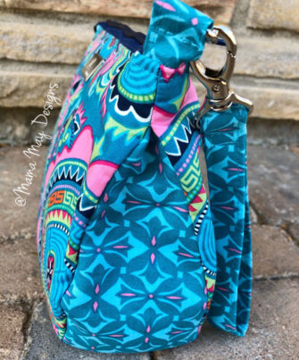 Gusset view of the colourful V Pouch - Andrie Designs