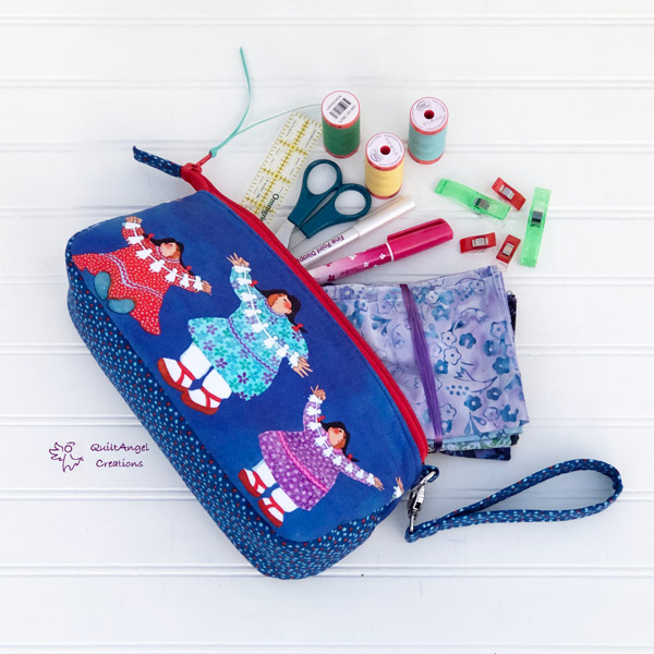 Just one of the many ways to use a V Pouch - Andrie Designs