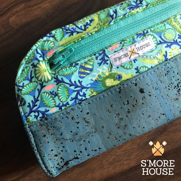 Detail shot of the teal and cork Cleo Everyday Wallet - Andrie Designs
