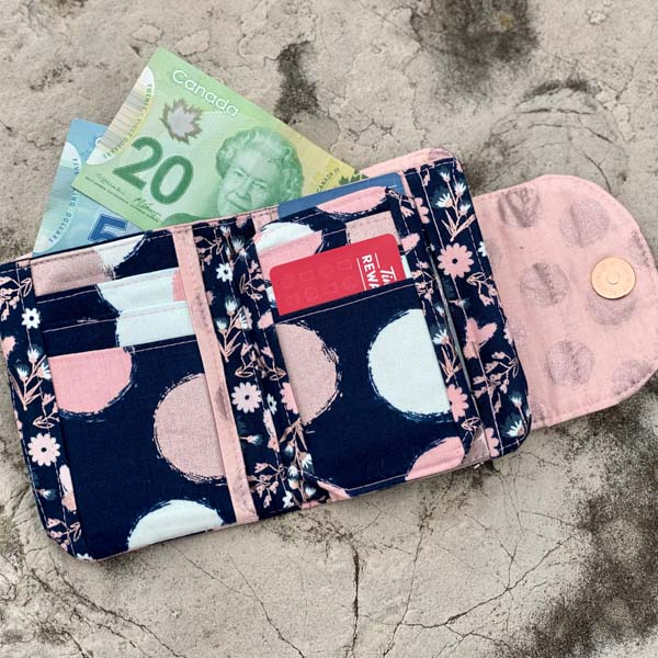 Inside of Leah's Layla Essentials Purse - Andrie Designs