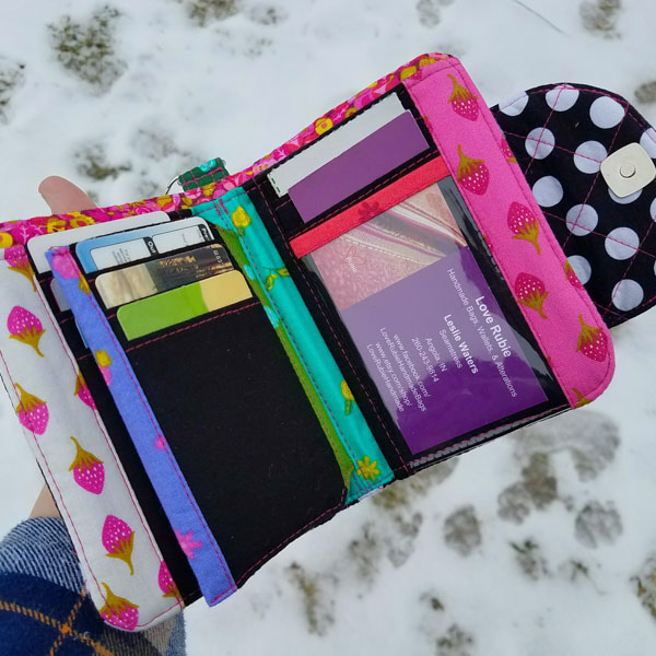Inside of Leslie's Layla Essentials Purse - Andrie Designs