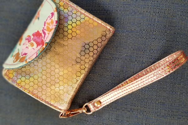 Lorna's Layla Essentials Purse - Andrie Designs