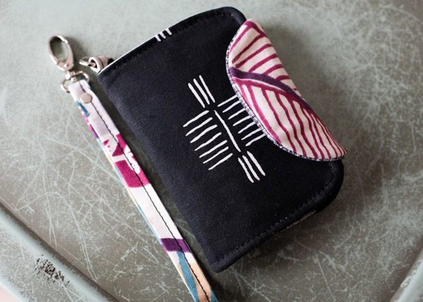 Milagros black Layla Essentials Purse - Andrie Designs