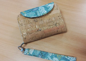 Stacey's Cork Layla Essentials Purse - Andrie Designs