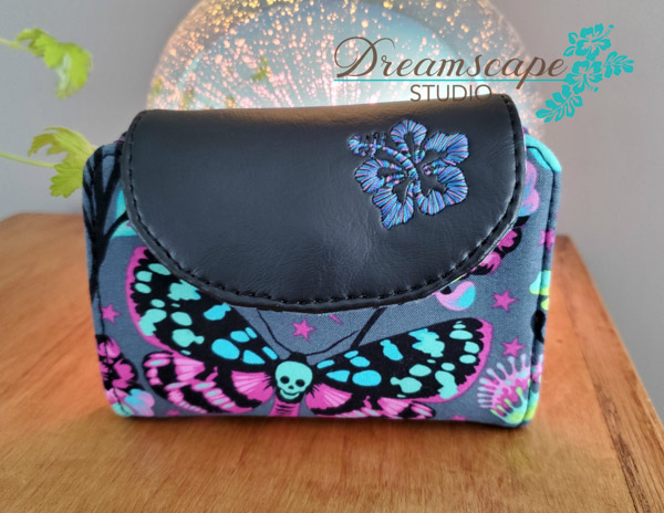 Sue's Tula Pink Layla Essentials Purse - Andrie Designs