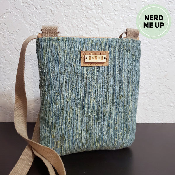 Rear view of the natural cork Polly Cross Body Pouch - Andrie Designs